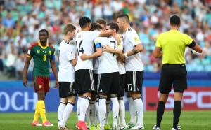 Германия си взе първото място, Чили се измъкна сух от австралийския тест