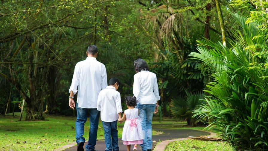 Защо родителите в Индия никога не наказват децата си