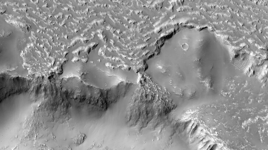 И Марс е имал Ниагарски водопад, но от лава