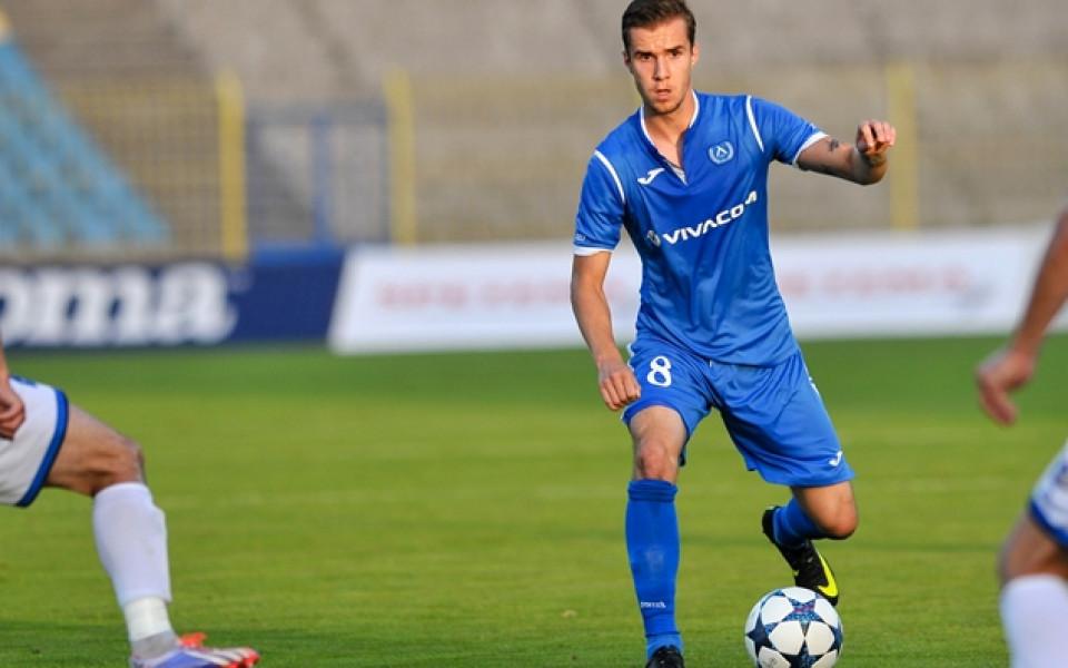 Вутов под въпрос за мачовете на Левски с Вадуц