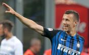 В името на Юнайтед Перишич смени агента си