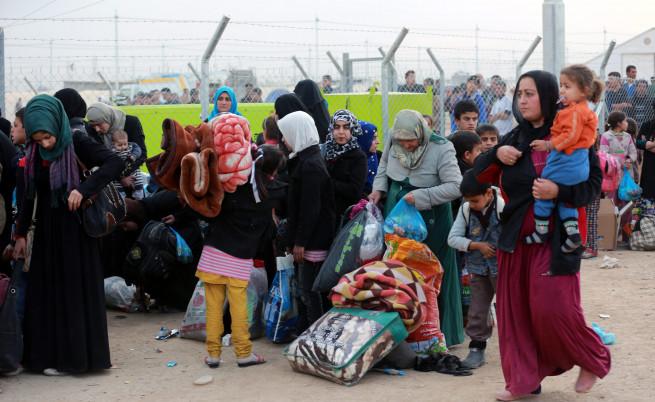 Облечен като жена атентатор се взриви в бежански лагер