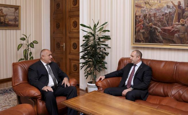 Радев: Борисов има ли общи бизнес интереси с Пеевски