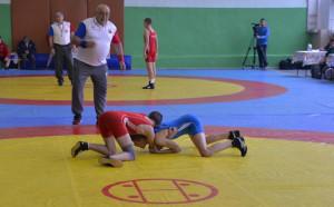Борците тръгнаха за Румъния, Илиян Георгиев в ролята на треньор