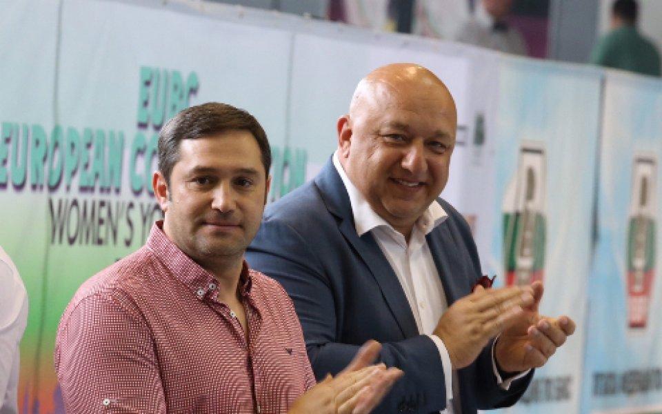 Още две българки на 1/4-финалите на европейското по бокс