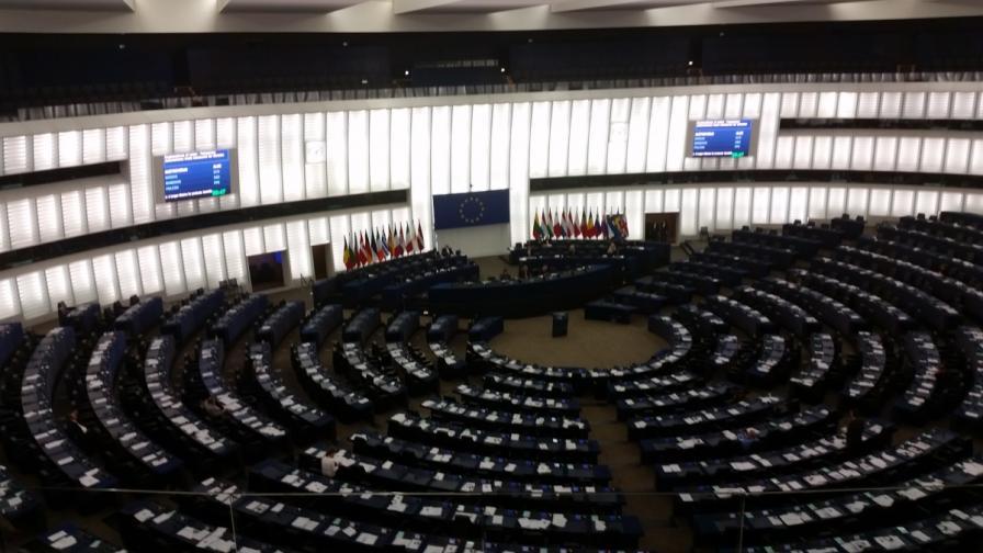 """Утре ЕС може да """"сложи край на свободата в интернет"""""""