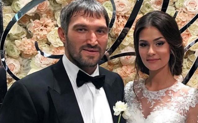 Александър Овечкин и Анастасия Шубская източник: Instagram.com