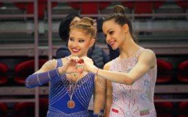 Ерика Зафирова и Петя Борисова /вдясно/<strong> източник: facebook.com/BGRGfederation/</strong>