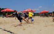 25 гола паднаха в първите два мача на държавното по плажен футбол
