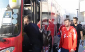 Байерн Мюнхен и Челси пристигнаха в Сингапур