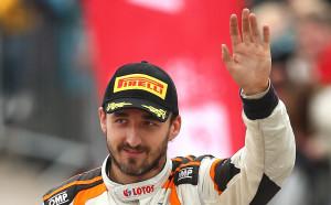 Непримиримият Кубица ще тества за Рено във Ф1