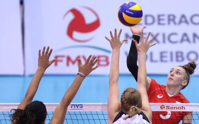 Александра Миланова<strong> източник: www.volleyball.bg</strong>