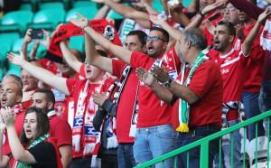 Феновете на Апоел изкупиха всички билети за мача в Разград