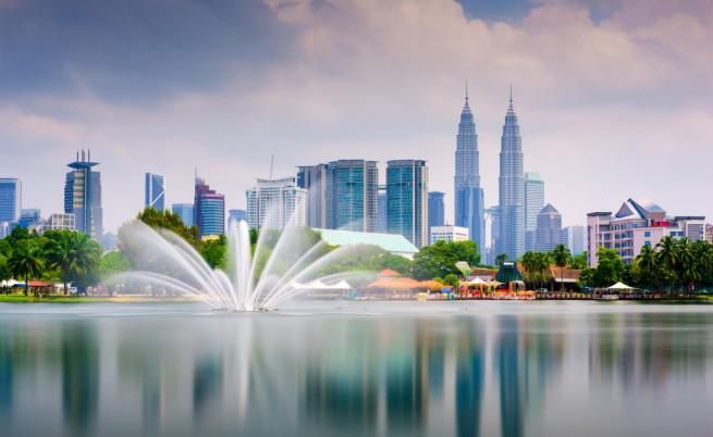 В Малайзия: Да откажеш секс на мъжа си е злоупотреба