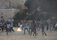 Около 100 ранени при нови сблъсъци в Йерусалим