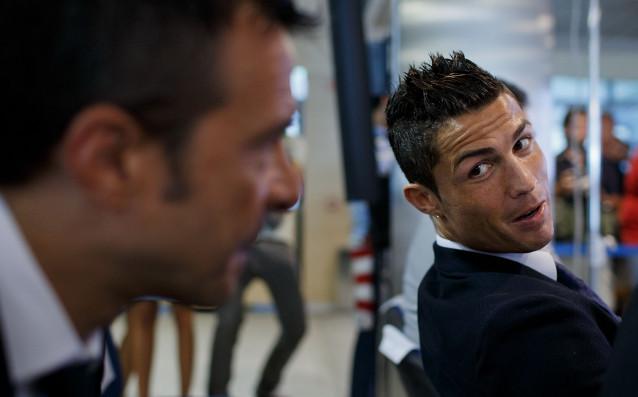 Жорже Мендеш (вляво) и неговият най-известен клиент Кристиано Роналдо източник: Gulliver/GettyImages