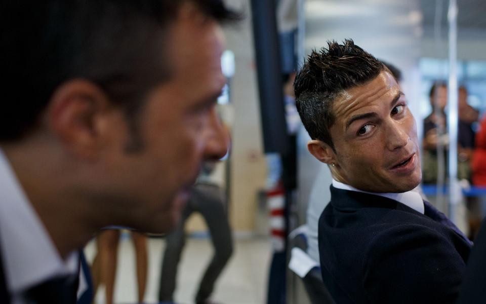 Супер агентът на Роналдо и неговите милионни тайни