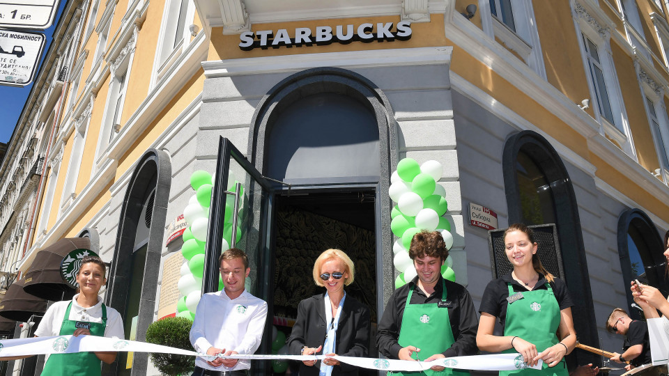 Starbucks откри ново кафене в София