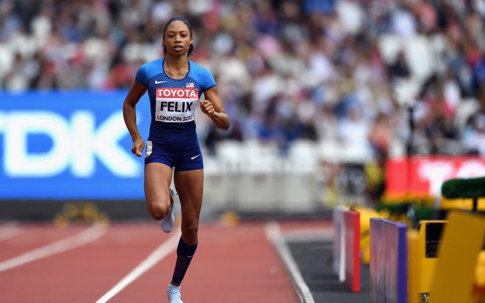 Алисън Филикс се класира  за полуфиналите  на 400 метра
