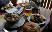 В Скопие: Всички на мач, сър Алекс – на кебапчийница