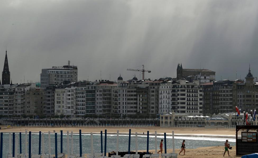 - Испания