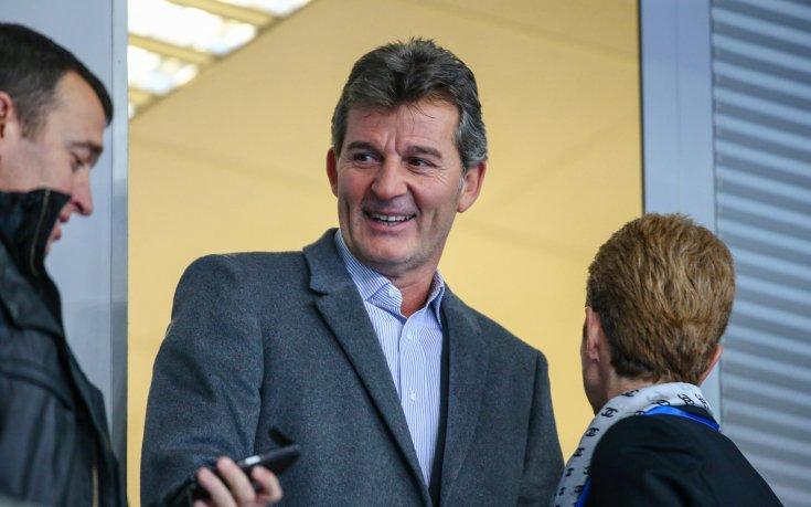 Емил Костадинов: Хубчев има място в националния тим