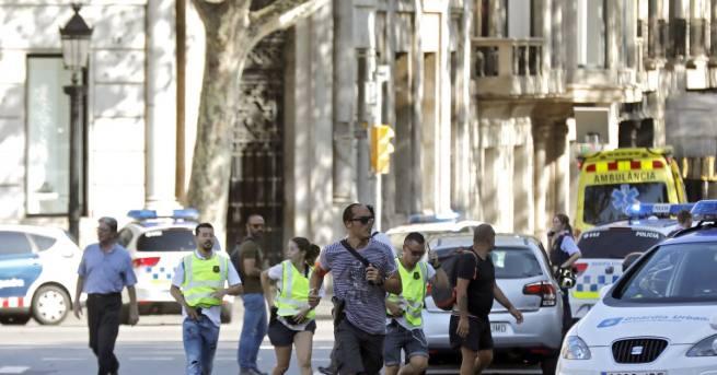 Френски прокурор заяви, че поне двама от ислямистката клетка, която