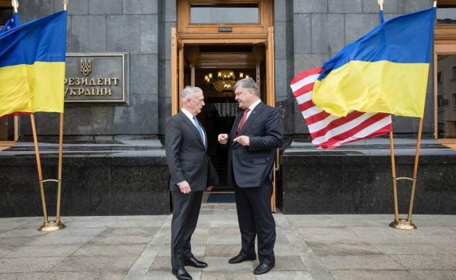 В Киев военният министър на САЩ обвини Москва