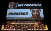 Конър МакГрегър и Флойд Мейуедър<strong> източник: Gulliver/Getty Images</strong>