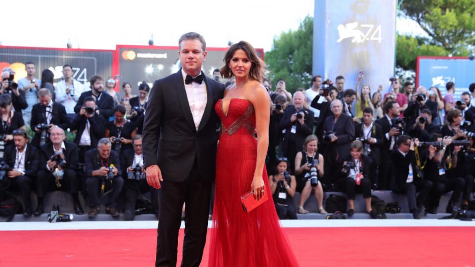 Филмовият фестивал във Венеция: коя беше двойката, която привлече всички погледи