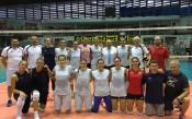 Министър Кралев изненада волейболните националки
