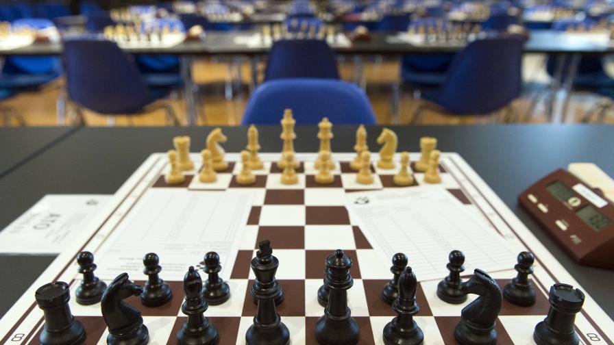 Учени обещаха 1 млн. долара за решение на шахматна задача
