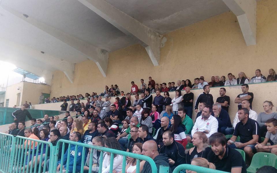 Родители и треньори искат ново ръководство във ФК Велбъжд
