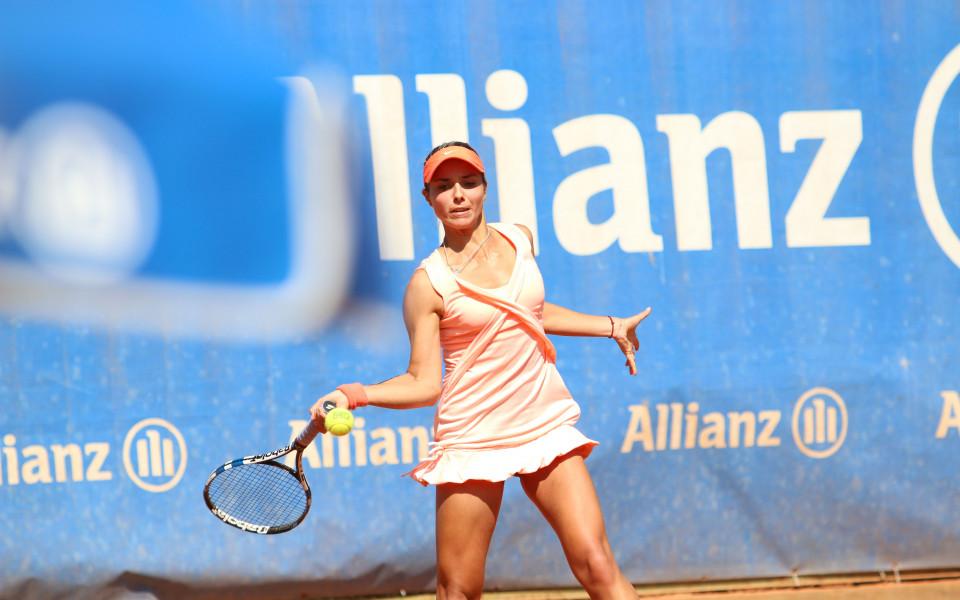 Виктория Томова на четвъртфинал във Франция