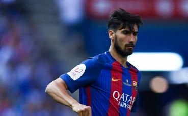 Валенсия и Барселона преговарят за португалец