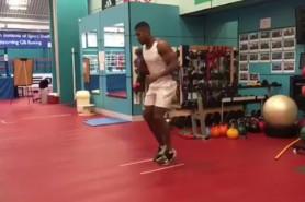 Джошуа тренира усилено, но разкри единствената си слабост