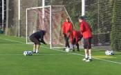 Попето и Спартак тренират здраво за Ливърпул