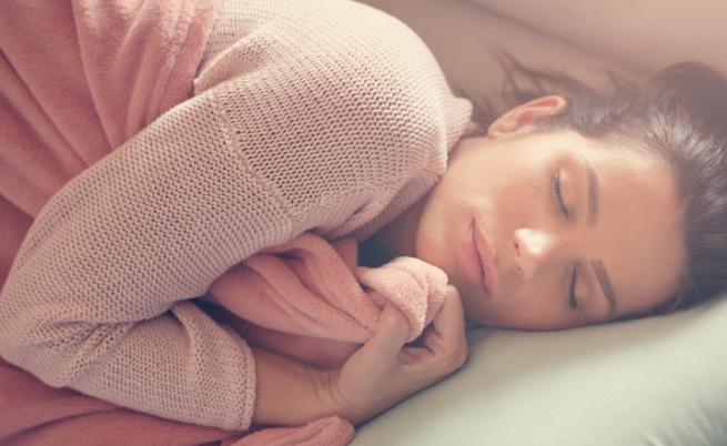 Защо е полезно да спим до по-късно през уикенда