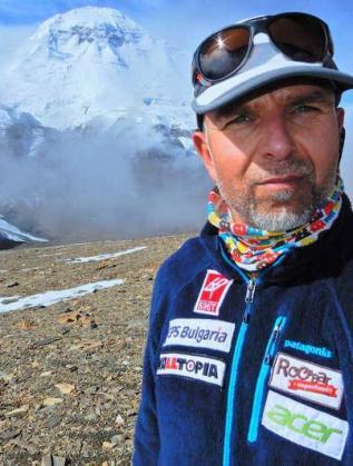 Боян Петров покори връх Даулагири-8167м