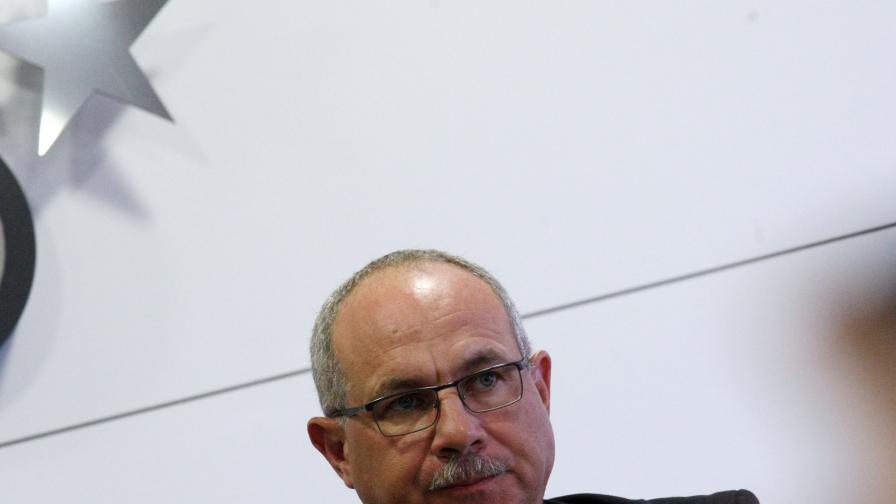 Антон Тодоров: Премиерът беше против. Искат оставката и на Симеонов