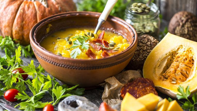 Пилешка супа с тиква и ньоки