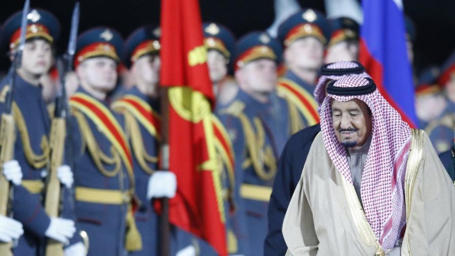 Крал Салман в Москва. Готви се оръжейна сделка за 3 млрд.