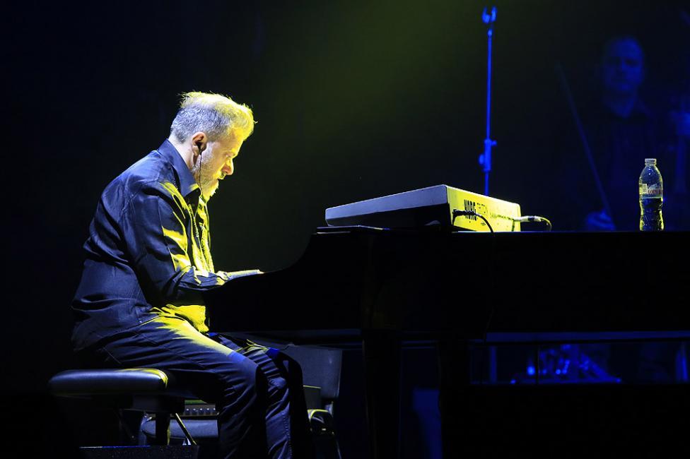 Сн. 22  - Италианският певец Ал Бано с новия си спектакъл в НДК. Той излезе на сцената с виртуозите от Софийска филхармония, И представи всичките си големи...