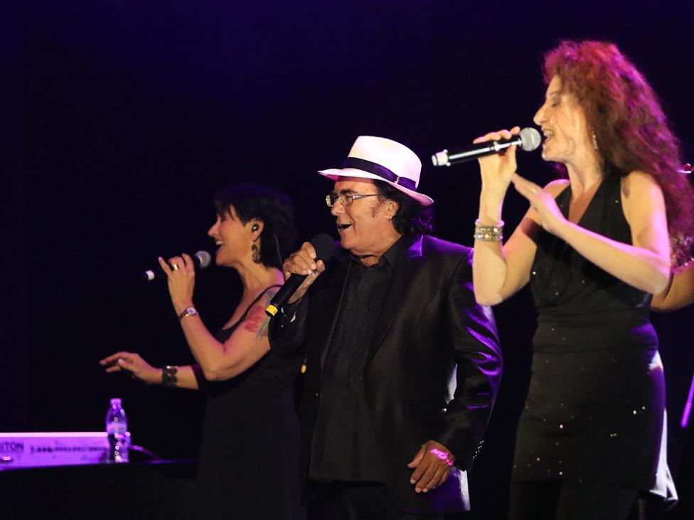 Сн. 3  - Италианският певец Ал Бано с новия си спектакъл в НДК. Той излезе на сцената с виртуозите от Софийска филхармония, И представи всичките си големи...