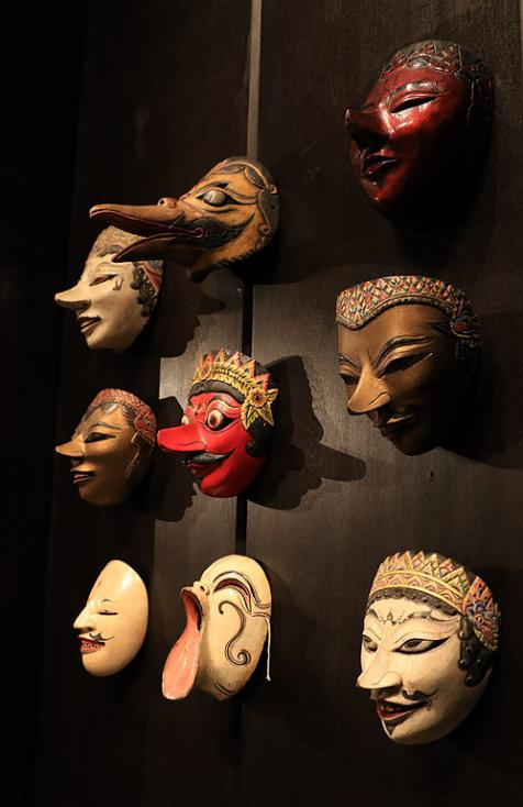 Сн. 18  - Фестивалът е организиран от посолството на Република Индонезия в партньорство с българската Национална галерия и запознава за първи път жителите и...