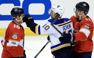 Флорида нанесе първа загуба на Сейнт Луис в НХЛ