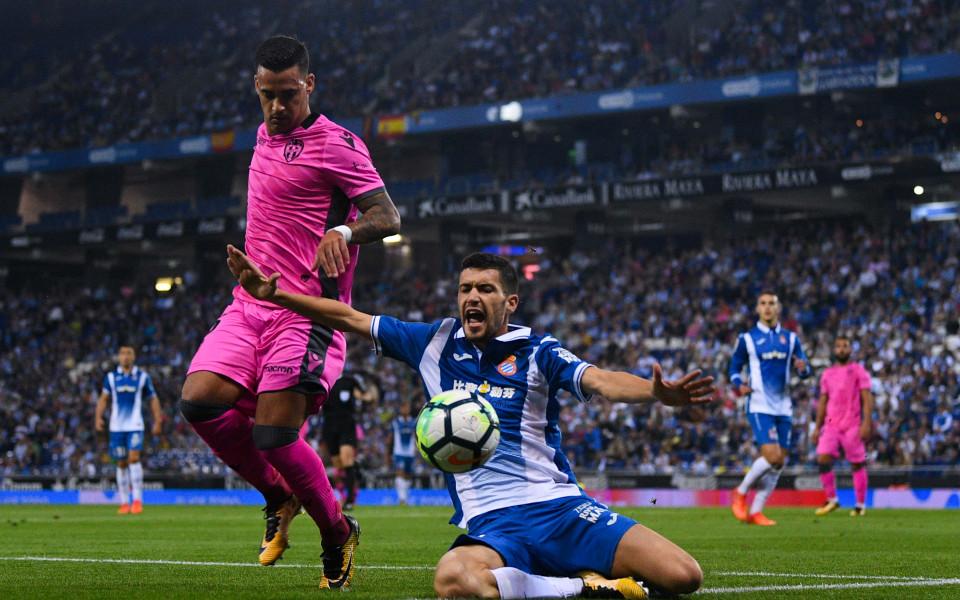 Битката в средата на Ла Лига приключи постно