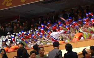 Как се играе волейбол в КНДР? Обърнете внимание на феновете