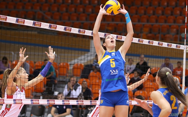 Лора Китипова източник: volleymaritza.bg