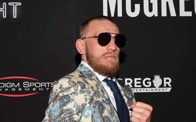 МакГрегър се завърна в залата след предупреждението на UFC